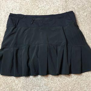 LULULEMON Black Pace Setter Skirt 6